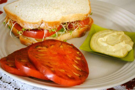 Southern Californian Tomato Sandwich SJLI - F2P Culinary Club